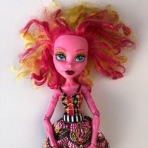 """Monster High Freak Du Chic 17"""" Gooliope Jellington Doll"""